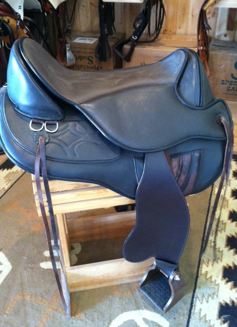 Black Forest Treeless Endurance Saddle
